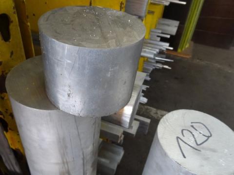 Alumínium rúd
